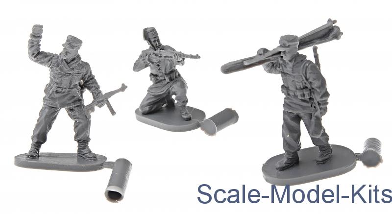 WWII German Mountain Troops-Caesar Miniatures plastic scale