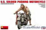 MA35182 U.S. Soldier Pushing Motorcycle